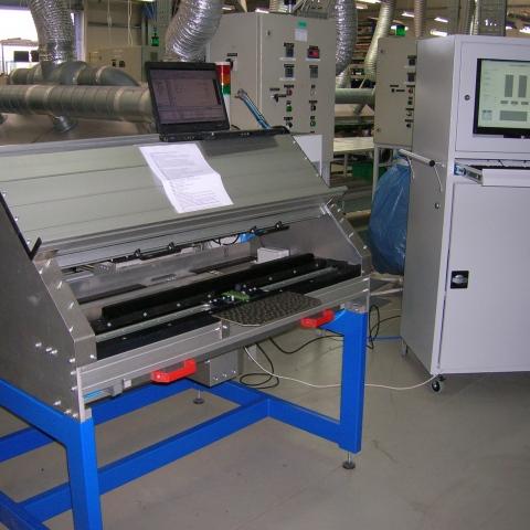 Maszyna montażowo pomiarowa VWS - 1Z
